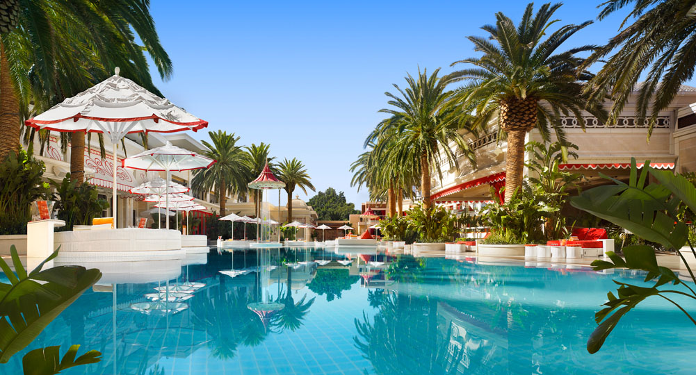 Las Vegas Which Hotel Pools Are Open In The Winter Travel Addict