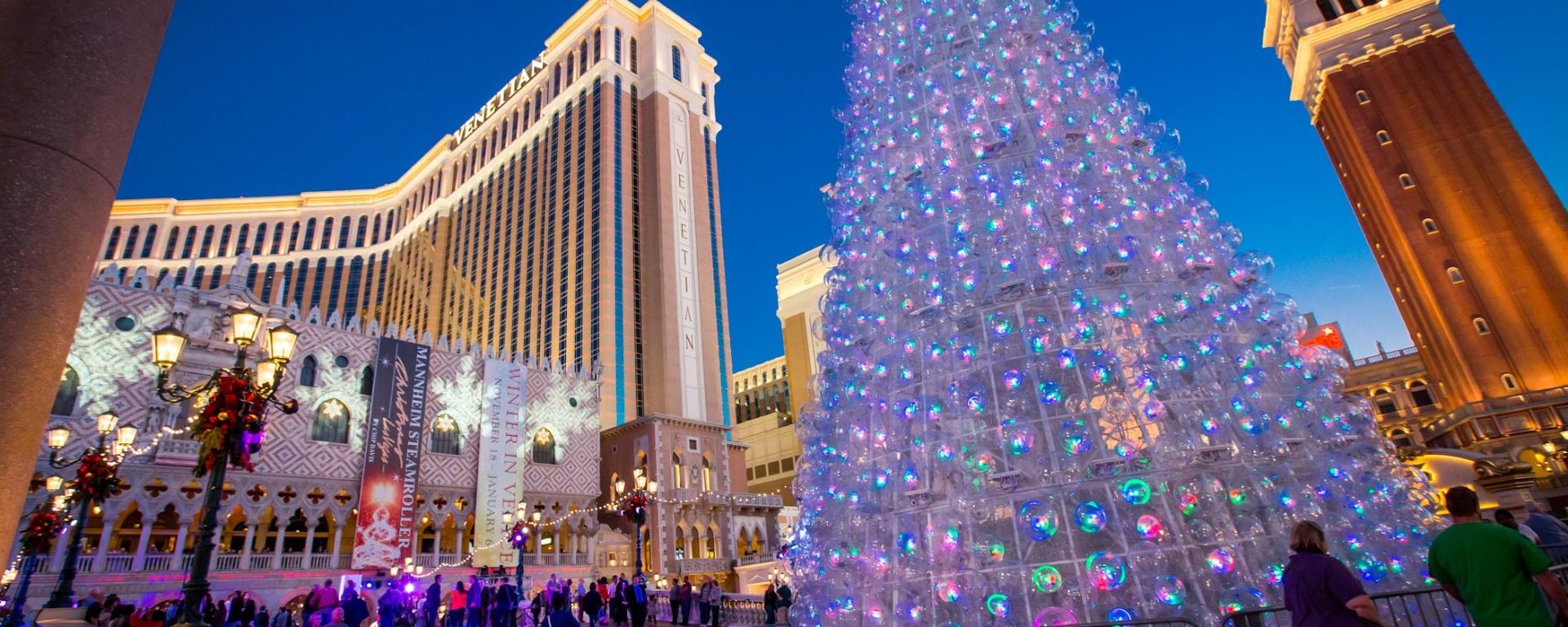 Christmas in Las Vegas – Travel Addict. Live.