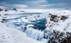 pall-gudjonssonthe-golden-waterfall-gullfoss-southern-icelandwinter-flow-frozen-iceland-magical-gullfoss-ndfilter-klaki-frosi-fl-i